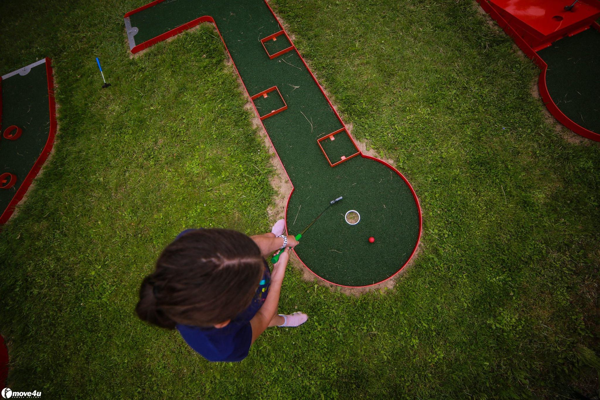 mini-golf polubie