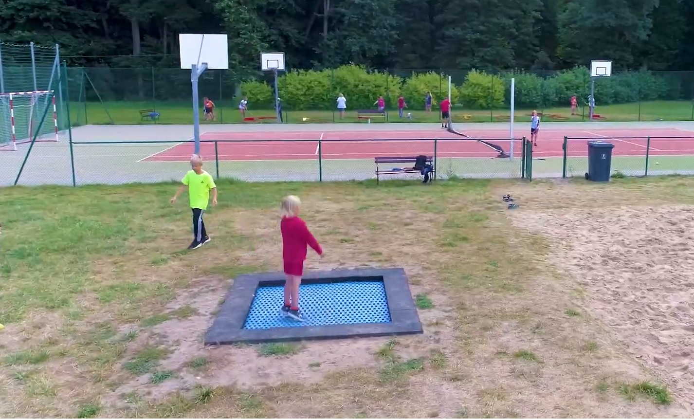 trampolina polubie